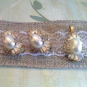 Simulated Pearls and Diamonds Jewelry Set